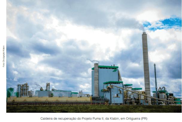 Licor negro é fonte de energia para a indústria de papel e celulose